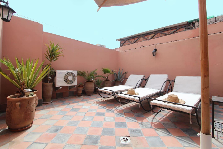 Sun bath on the terrace