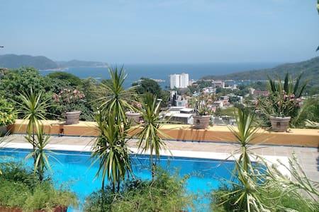 """""""Casa Dorada"""" Naranja - Acapulco"""