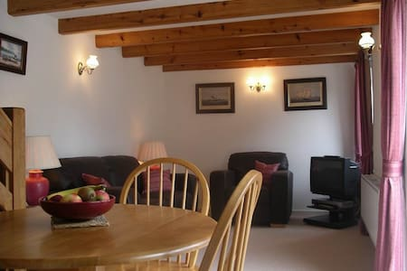 Charming detached Stone Cottage  - Newquay - House