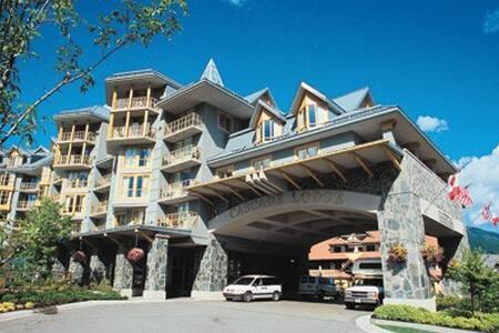 Whistler-Cascade Lodge 1 Bdrm Condo