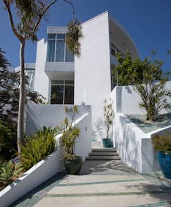 Unique architectural house - views - Los Angeles - Hus