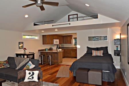 Breneman Studio/Newly remodeled - Boise - Huis