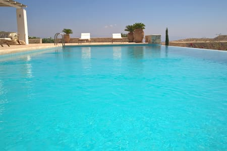 Aegean Paradise Villa in Paros - Aspro Chorio - Villa