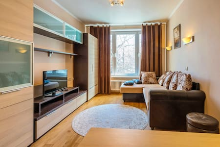 Уютная квартира на Коньково - Wohnung