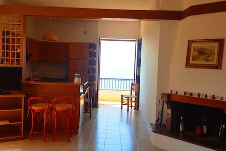 Appartamento Torre con Vista Mare - Joppolo - Lägenhet