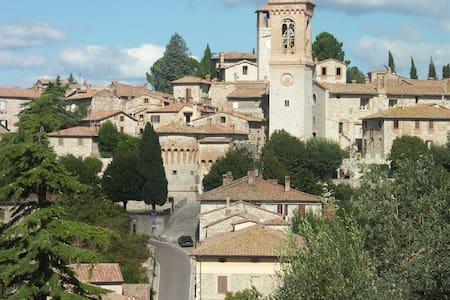 Studio apt. in Corciano, Umbria