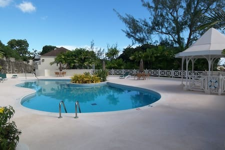 Rockley Golf & Country Club, 1 bedroom retreat - Bridgetown - Apartment