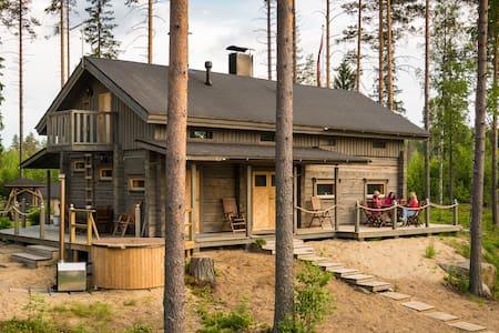 Beautiful lakeside Villa Vetojärvi - Ξυλόσπιτο