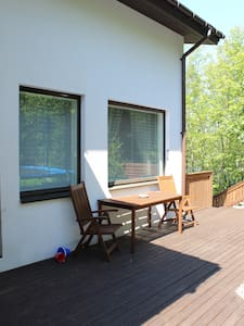 Peaceful and bright apartment in the duplex house. - Townhouse