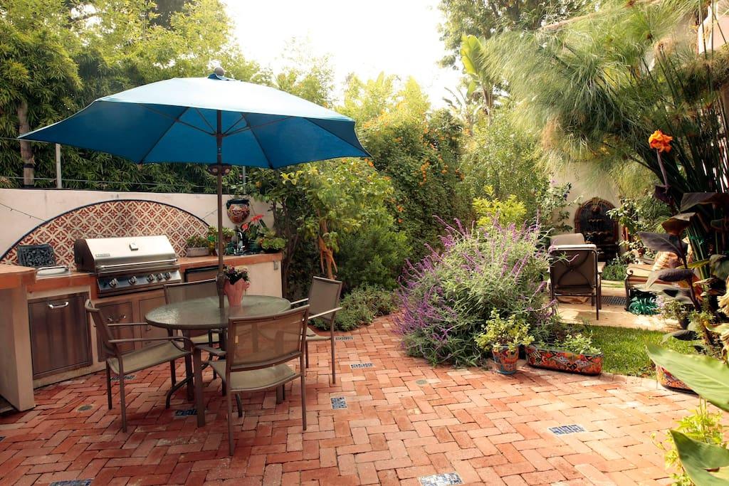 Shared outdoor kitchen and garden