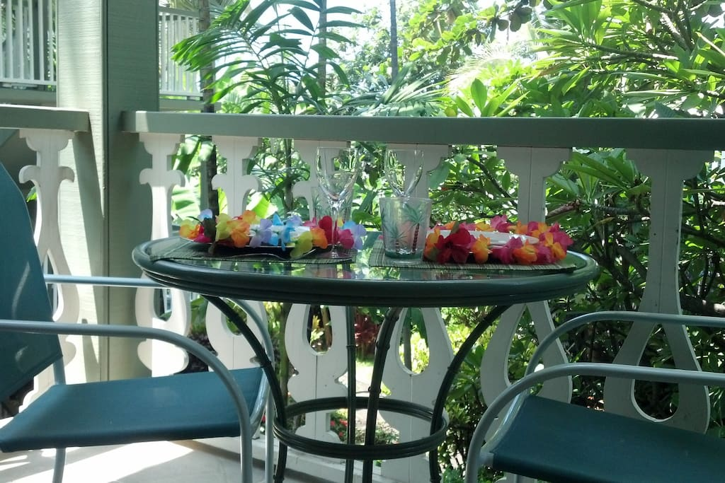 Breakfast on the lanai, whats better?