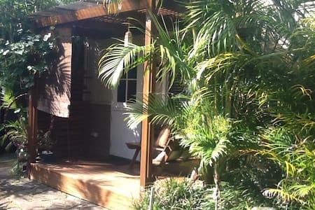 Garden flat Avalon Beach - Avalon - Cabin