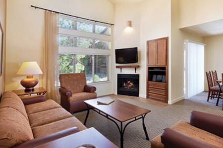 WorldMark So. Shore Lake Tahoe 2 BR - Zephyr Cove-Round Hill Village - Appartement en résidence