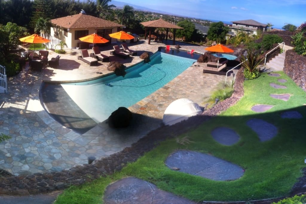 The Poolhouse in Waikoloa Village