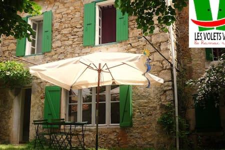 Mas en Cévennes- Les volets verts-Les Puechs - La Rouvière