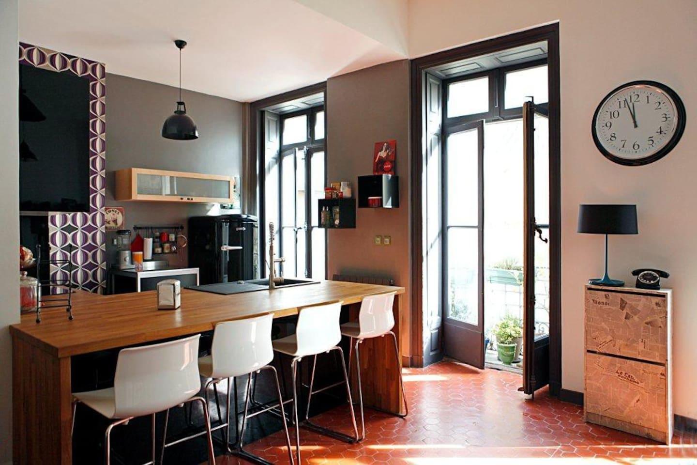 Appartement type loft Comédie
