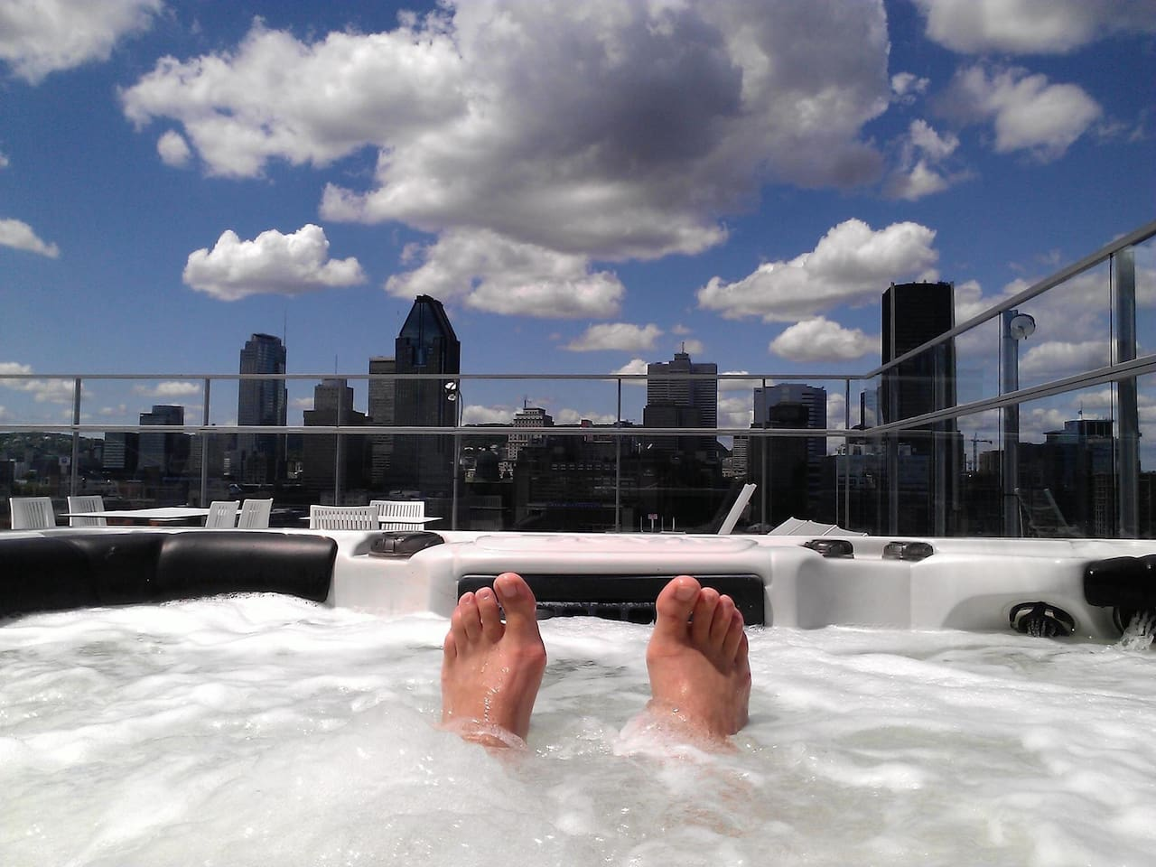 whirlpool and downtown rooftop view !!!