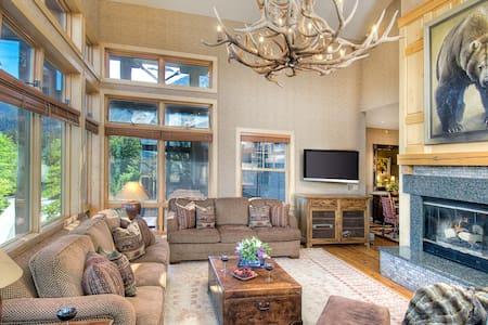 Cody House: 113893 - Villa