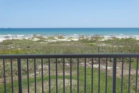 AMAZING Direct Oceanfront Condo #61 - Condominium