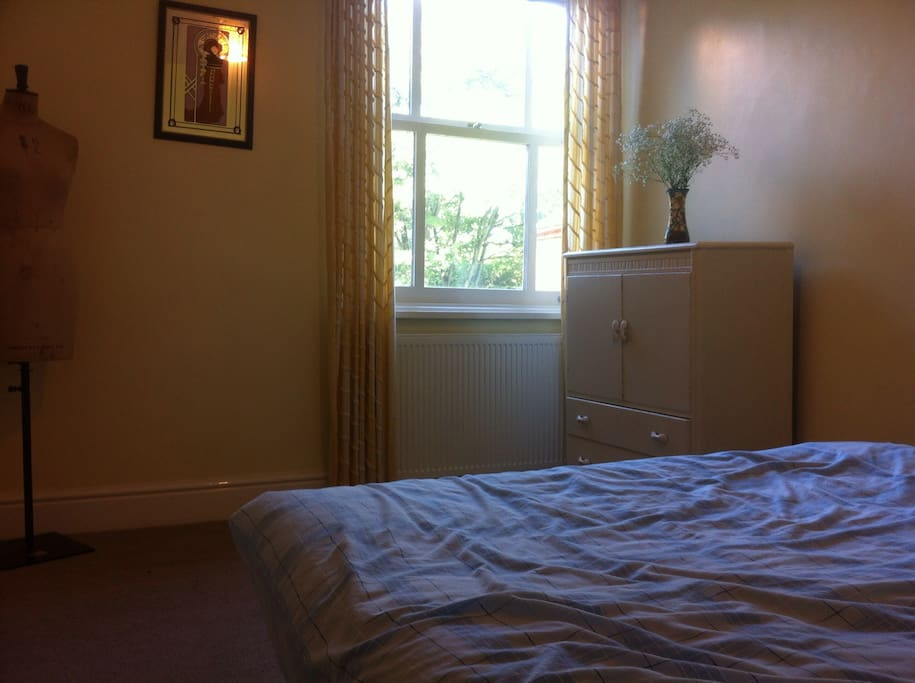 Bright & Sunny Double Room