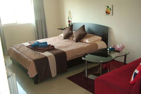 tropical Sands - Bed & Breakfast