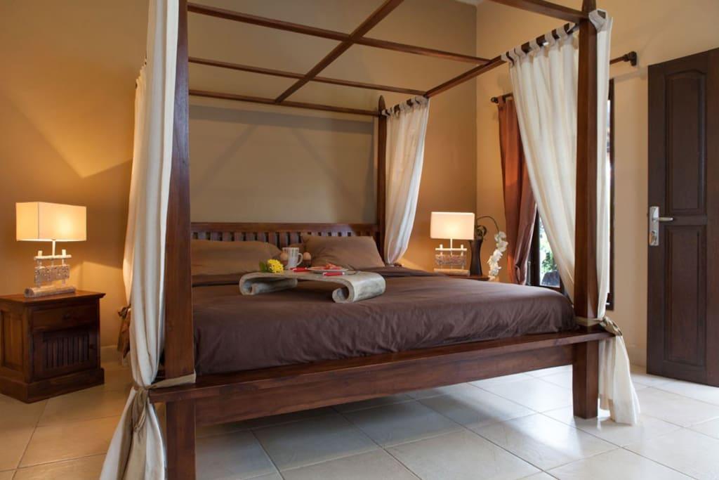 Quiet 3 bed in Seminyak