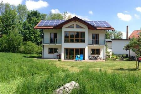Ferienhaus im Grünen bei Münchends - Casa