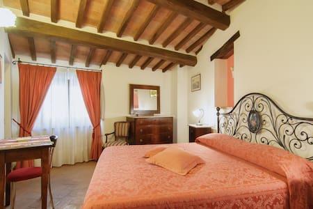 """B&B La Vite """"Chianti"""", Tuscany - Bed & Breakfast"""