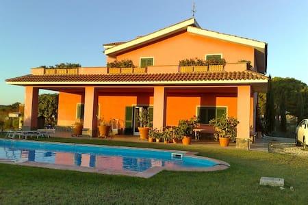 Villa dell'Argento - Tarquinia