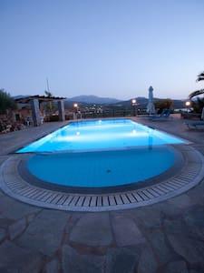Villa Michalis for 4-6 persons - Agios Nikolaos - Appartement