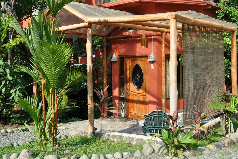 King Garden View Suite