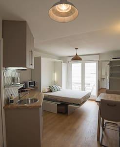 Studio décorateur Gare/Centre d'Affaires - Épinal - Lejlighed
