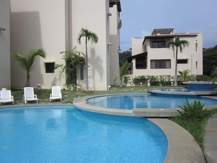 Luxury Coco Condo / Oceanview Patio
