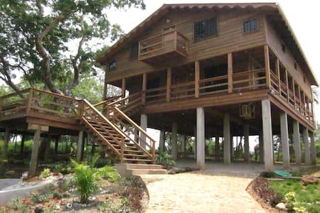 La Mayur Cottage - Utila,Bay Islands - Kisház