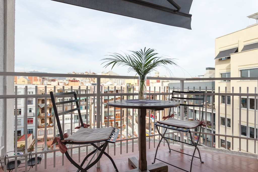 Small balcony from living area with wonderful view of Tibidabo