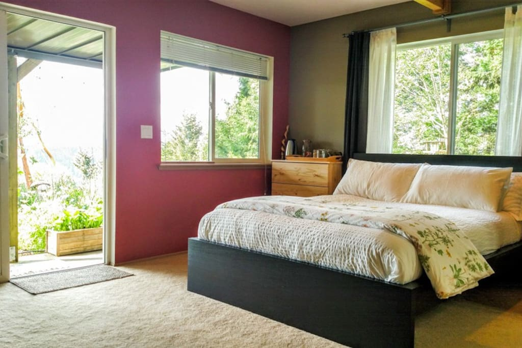 PNW Organic Farm Downstairs w/ View - Airbnb Farm Stay close to Olympic National Park