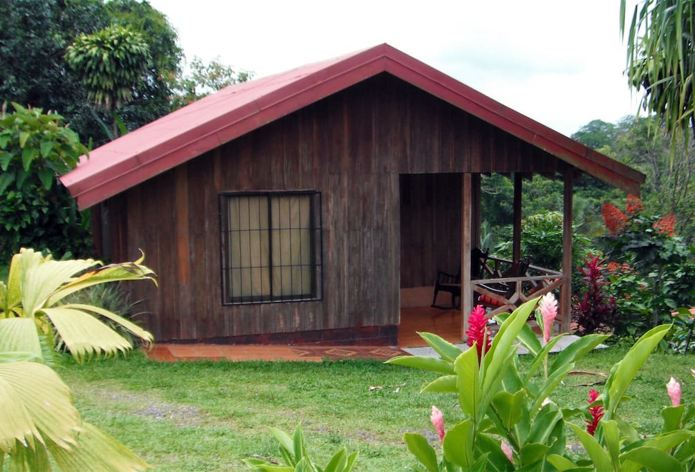 2 bedroom Cabin with patio facing Rio Fortuna with view of Arenal Volcano