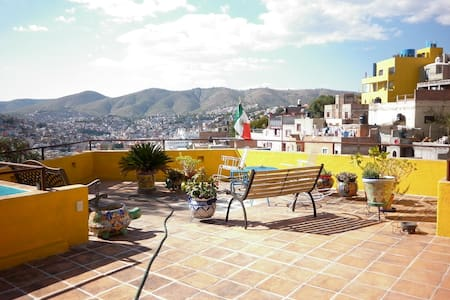 HOUSE OF THE WELL ¡UPSTAIRS ROOM! - Guanajuato - House