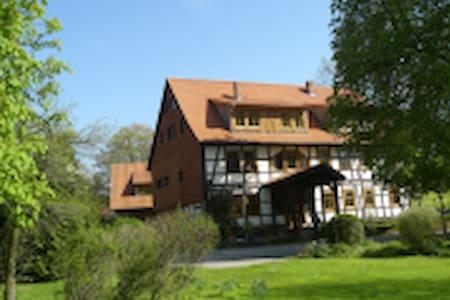 Apartment auf dem Land - Einbeck - Pis
