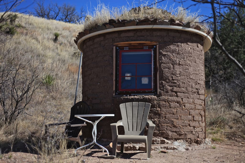 Tiny round adobe house on farm in stevens canyon 35 for Cost to build adobe home