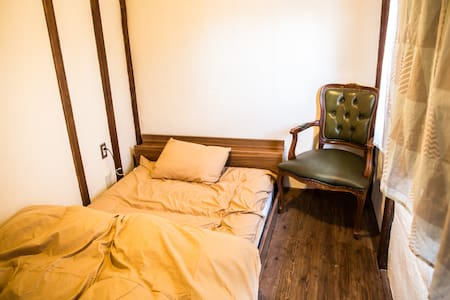 1minute to Zenkoji Single room - Hus
