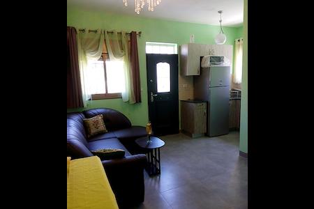 Двухкомнатная квартира в частном доме - Apartment