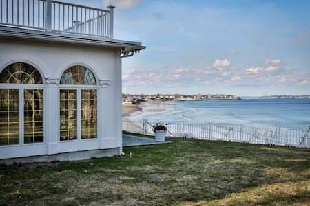 Beachfront home with private beach - Swampscott - House