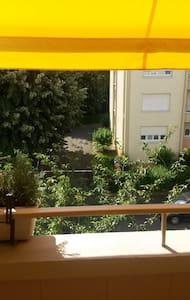 Chambre & petit déjeuner proche centre ville - Appartement
