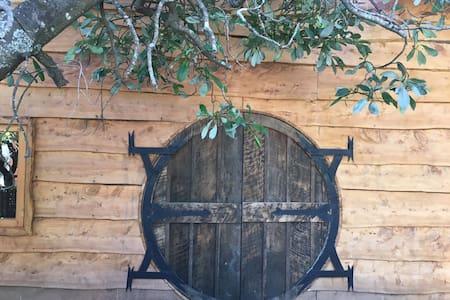 The Chauquen's hobbit house - Srub