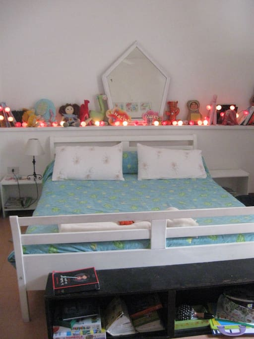 2nd large bedroom , ideal for children