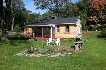 Charming Salisbury Country Cottage - Maison