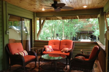 Gorgeous Cottage by Cape Fear River - Elizabethtown - House
