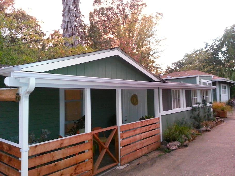Sonoma Vintage Guest Bungalow