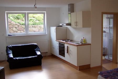 Voll Möbelierte Wohnung 1 Woche  - Appartement